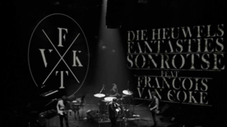 Die Heuwels Fantasties Ft. Francois van Coke – Sonrotse (Live Ellis Park)